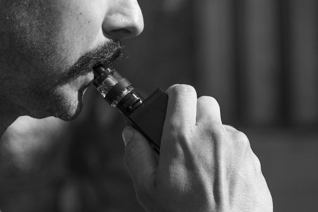 Is it safe to inhale hemp CBD oil fumes from a vape pen
