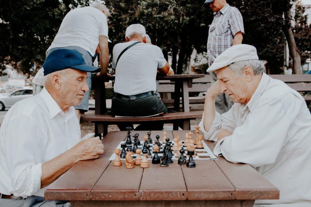 How Can CBD Help the Elderly?